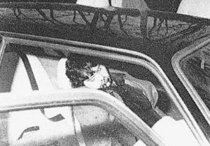 Il corpo di Fabiani nella sua auto in via Monte del Finocchio